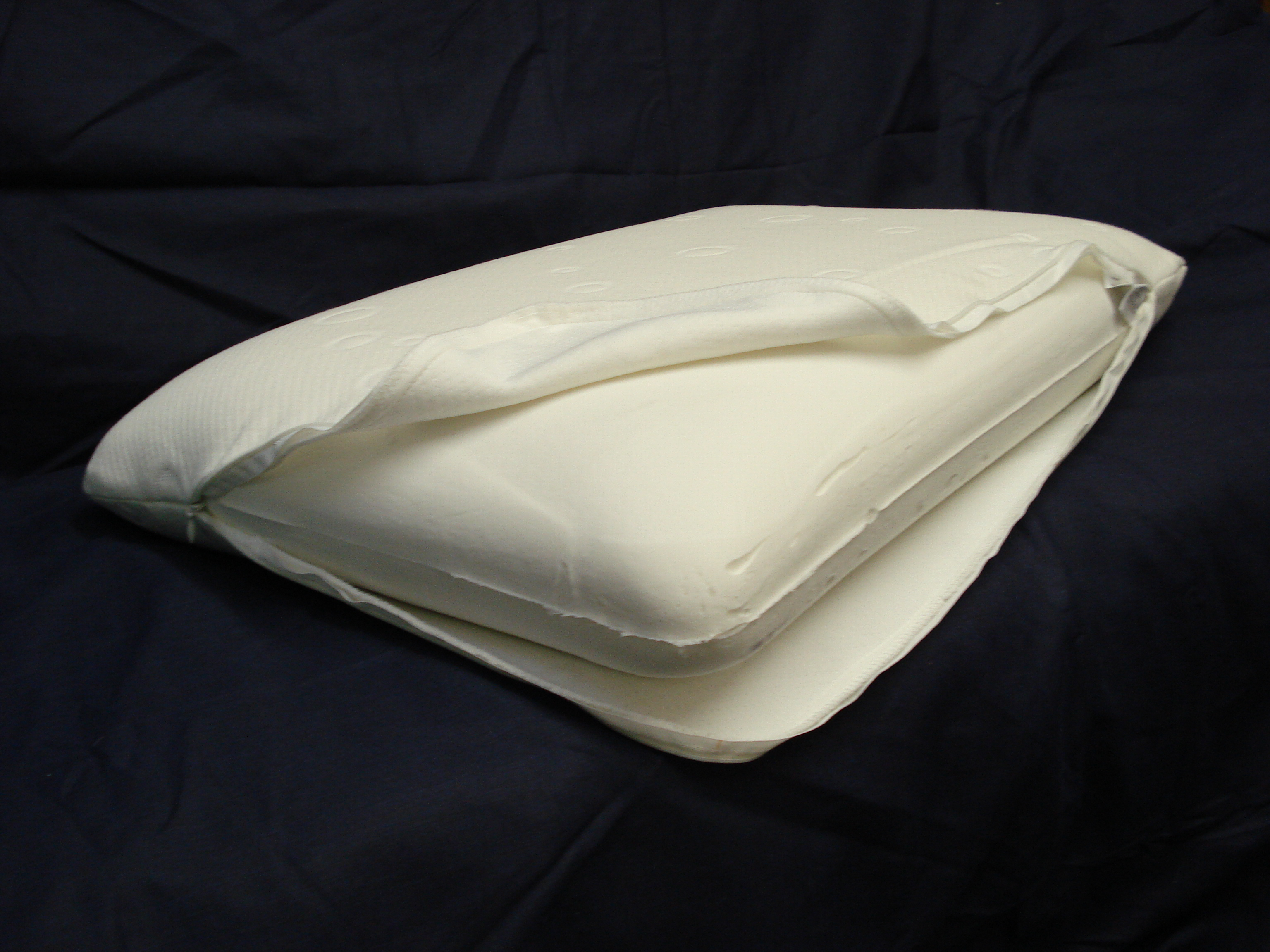 Supreme Latex Feel Moulded Foam Pillow
